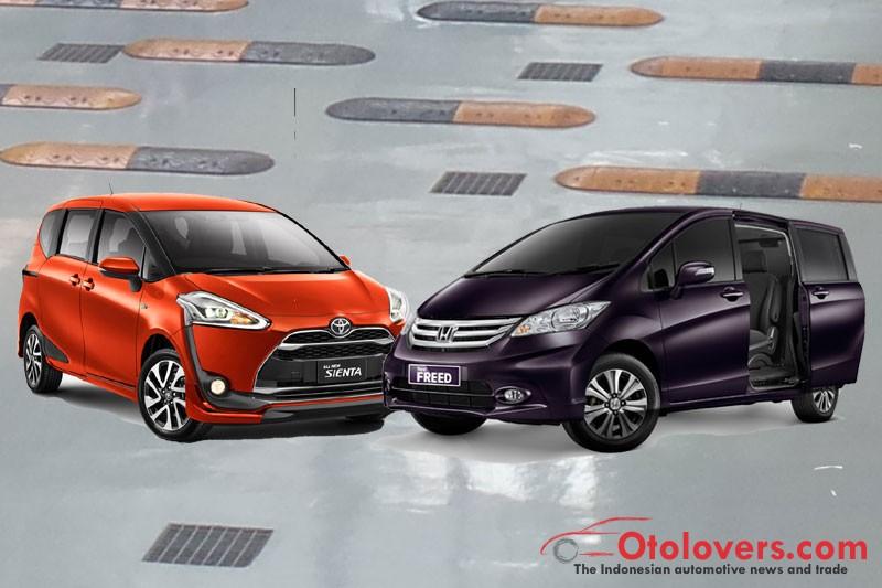 Toyota Sienta Vs Honda Freed Review Otolovers Com