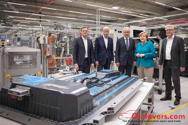 Daimler bangun pabrik baterai kedua
