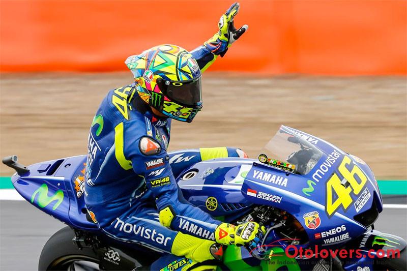 Susul Rossi di akhir balapan, Dovi jawara MotoGP Inggris