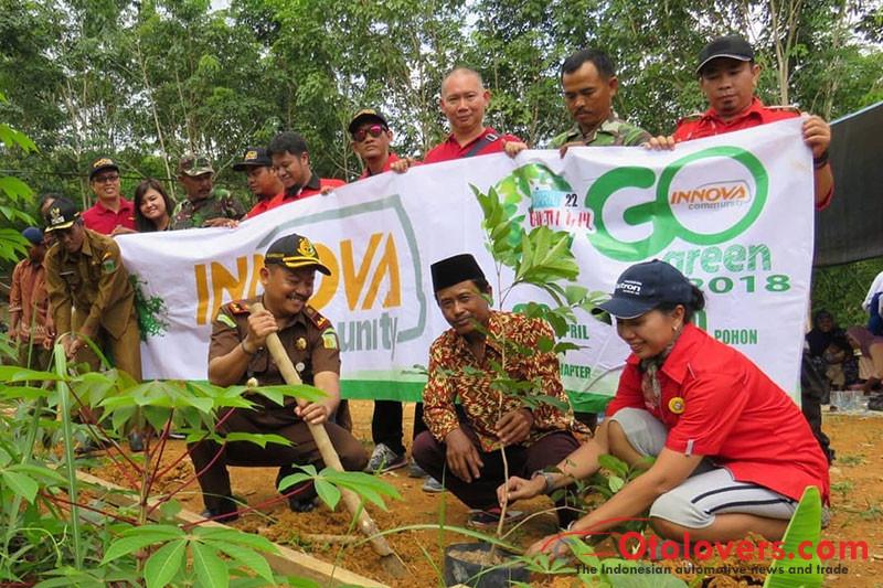 Peringati Hari Bumi, Innova Community hijaukan Sungai Cipamingkis