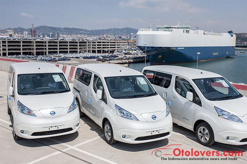Nissan mulai kirim van listrik e-NV200 ke pelanggan