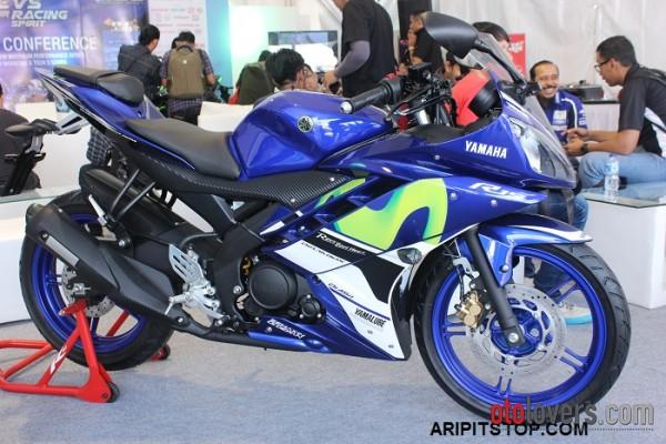 Yamaha YZF R15 GP Movistar Promo Kredit